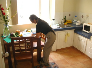 Chiyemi In Kitchen