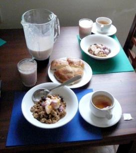 Breakfast at el Puente