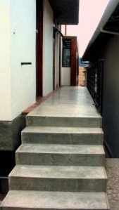 calle-larga-up-the-steps-2