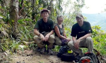 familia-doyle-cropped-mirador-podocarpus-lores