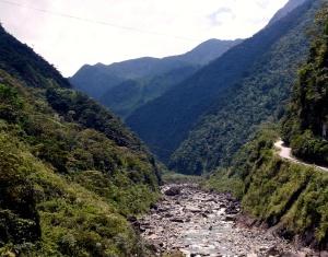 paute-river-canyon