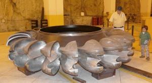 paute-turbine-and-teo-and-juan-sr1
